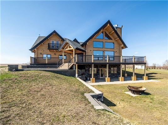 Luxury homes in 20-acre patch of paradise