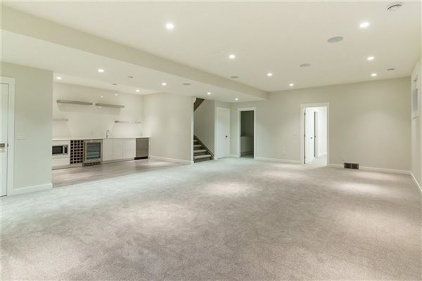Unique and Luxurious quality  luxury real estate