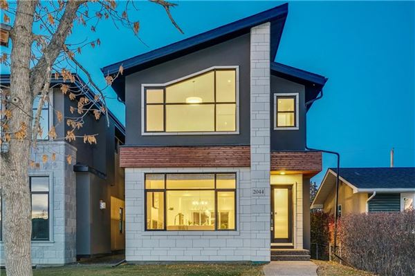 MODERN LUXURY WITH ELEGANCE AND STYLE | Alberta Luxury Homes