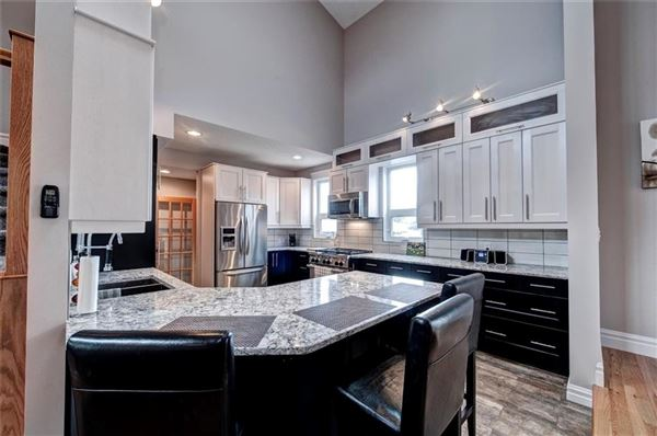 phenomenal home in calgary mansions