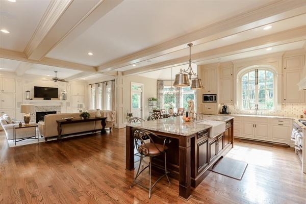 Luxury real estate COMPLETELY Renovated entertainers delight
