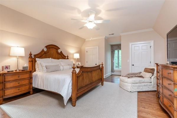 COMPLETELY Renovated entertainers delight luxury properties