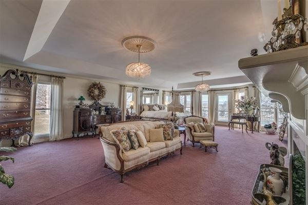 66 acre equestrian estate luxury homes