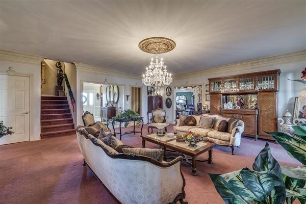 66 acre equestrian estate mansions