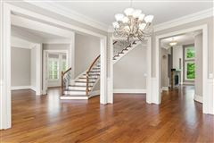 Luxury homes in Overlook at Marietta Country Club - Golf Club Community