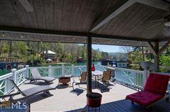 Luxury homes cedar shake cottage on Lake Burton
