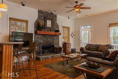 Luxury real estate cedar shake cottage on Lake Burton
