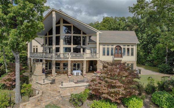 incredible one of a kind home in North Carolina luxury properties