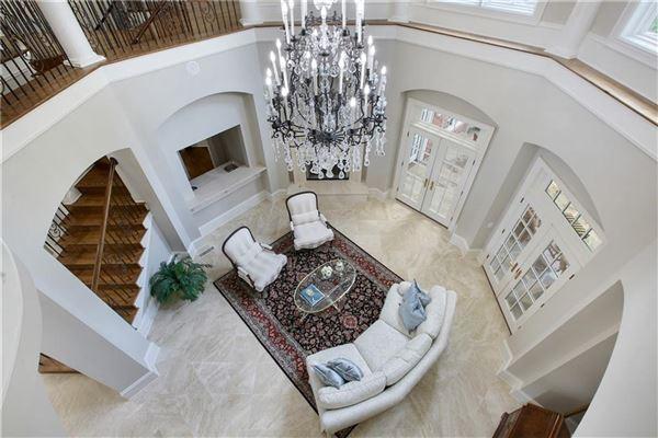Mansions The Crown Jewel of Lake Windward