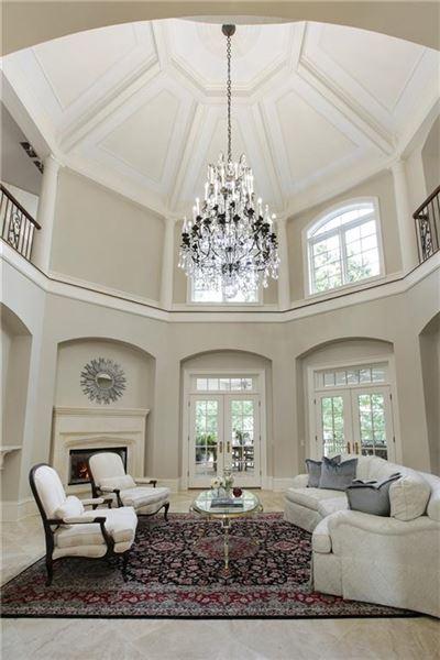 The Crown Jewel of Lake Windward mansions