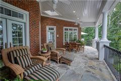 Luxury homes The Crown Jewel of Lake Windward