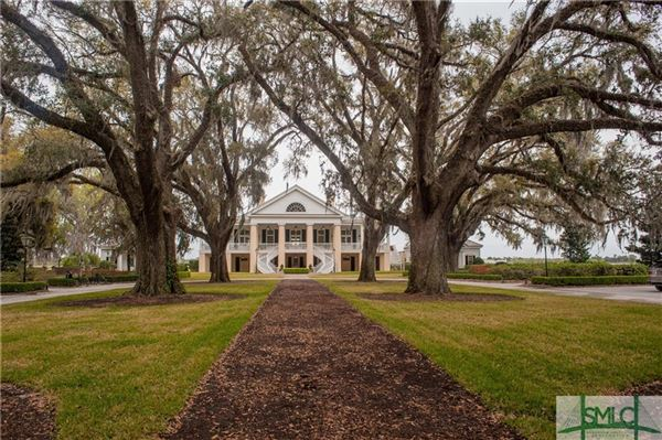 Luxury homes in Exquisite home within The Ford Plantation