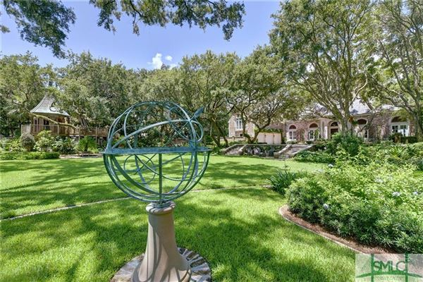 Mansions in extraordinary Sea Island estate