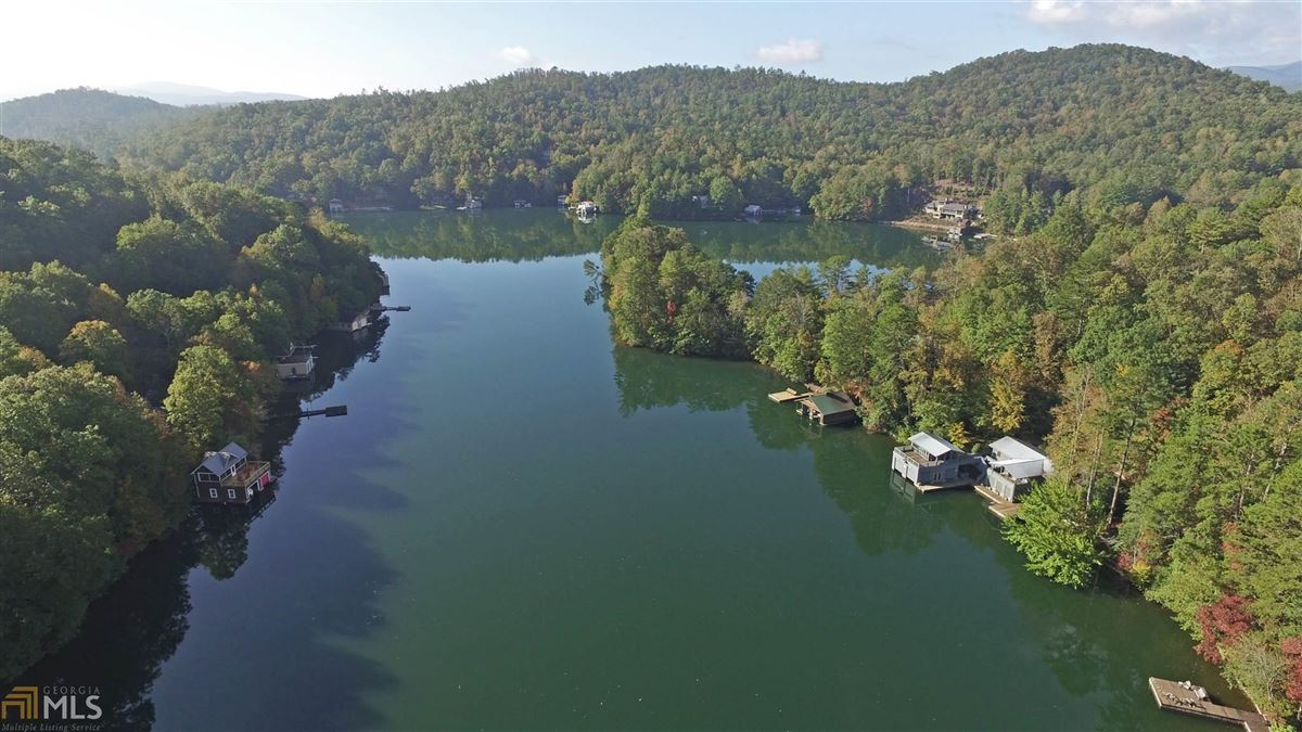 Luxury homes renovated home on a large Lake Burton lot