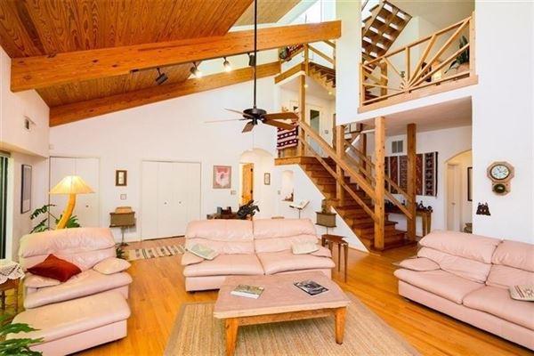 Luxury homes custom private retreat on Raccoon creek