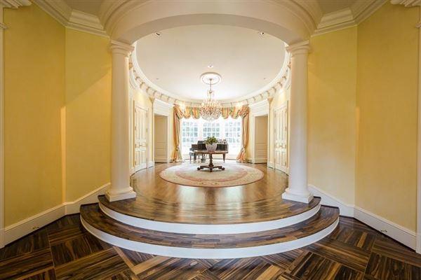 Luxury real estate dramatic 9-plus acre estate