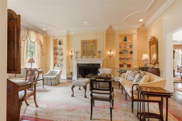 dramatic 9-plus acre estate luxury real estate