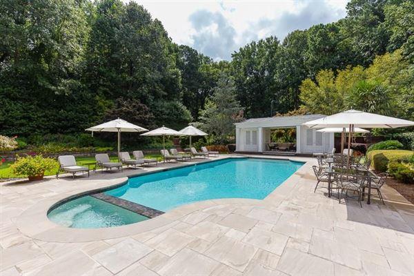 Luxury homes dramatic 9-plus acre estate