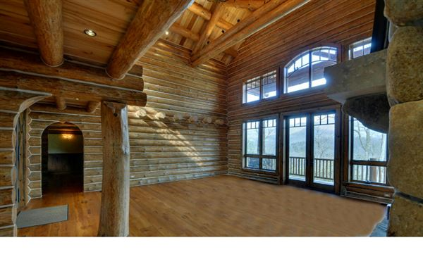 Luxury real estate magnificent mountain estate home in hayesville