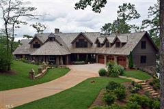 Mansions in stately Lake Burton retreat