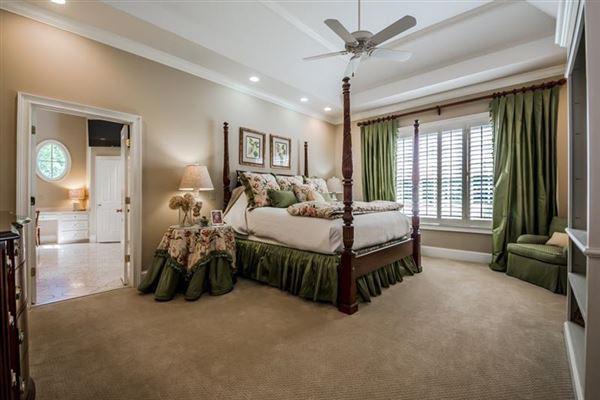 Uniquely elegant yet charming on 48 acres luxury real estate