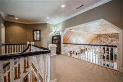 Luxury properties Uniquely elegant yet charming on 48 acres