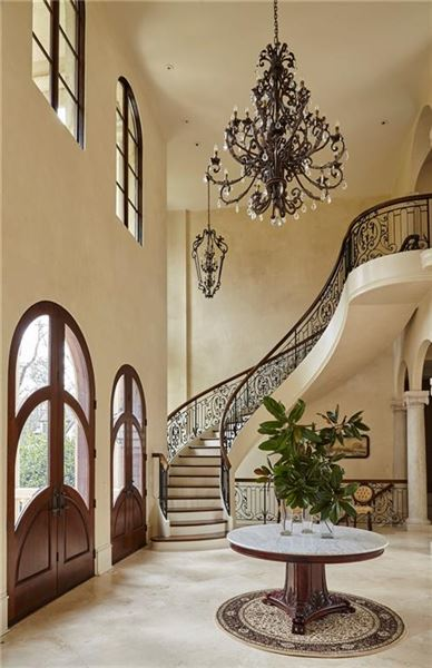 Luxury homes Majestic European gated estate