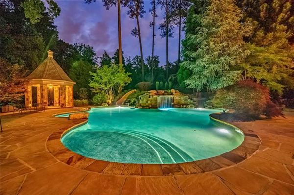 private gated estate on over three acres luxury homes
