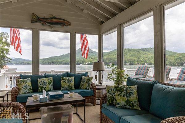 Luxury homes custom designed Lake Burton house