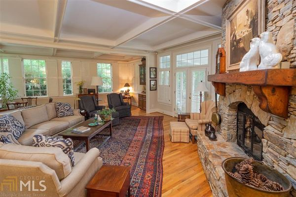 Mansions custom designed Lake Burton house