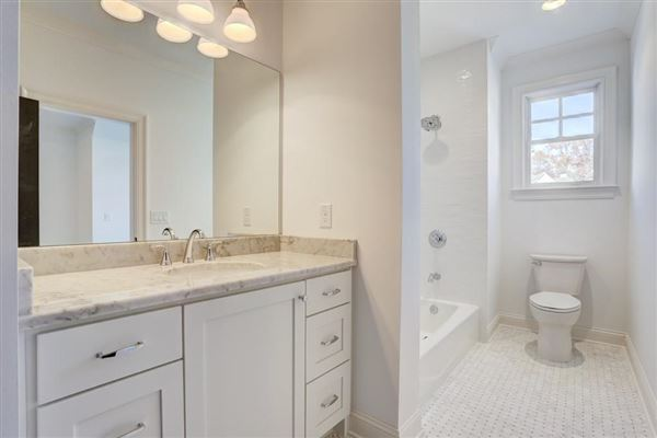 Magnificent new construction luxury properties