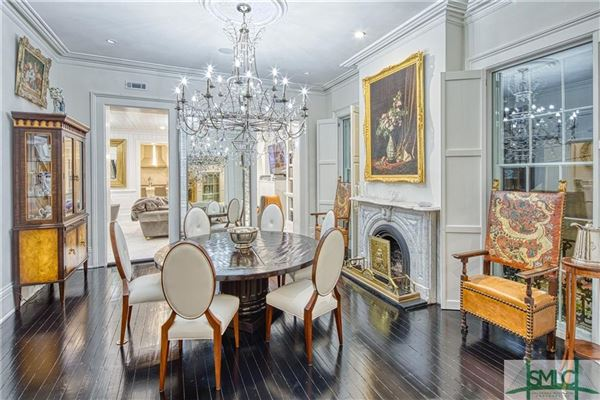 Luxury real estate Saussy Mansion