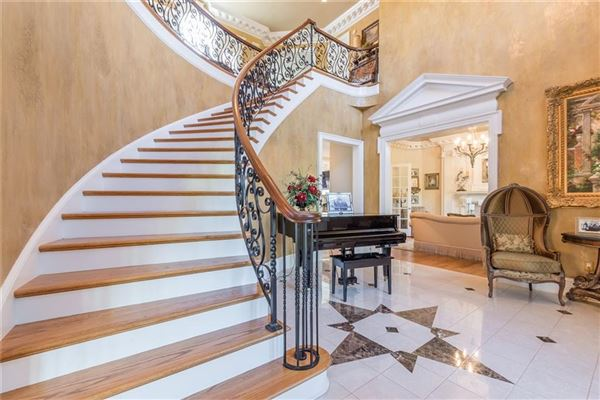Mansions Beautiful estate home on nearly 800 acres