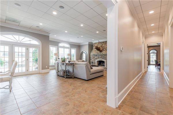Luxury properties Beautiful estate home on nearly 800 acres