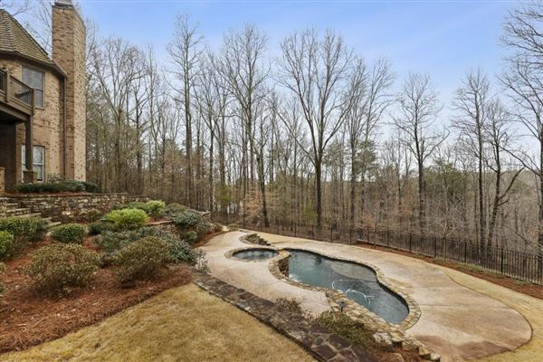 Luxury real estate traditional home on three-plus acres in woodhaven bend