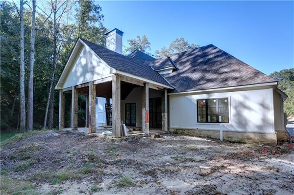 Luxury real estate spectacular new home on beautiful private lot