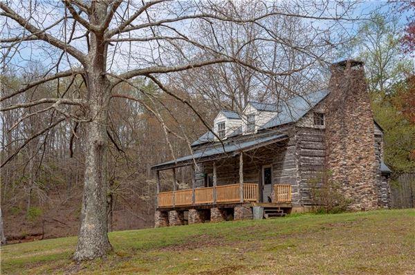 Outstanding Cheroko Farm mansions