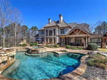 Luxury homes Magnificent five-acre gated estate