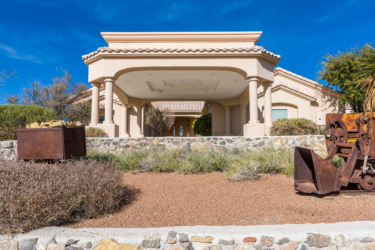 Luxury real estate 4820 Mother Lode Trail