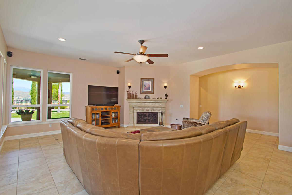 Luxury homes Tuscany Style home in temecula