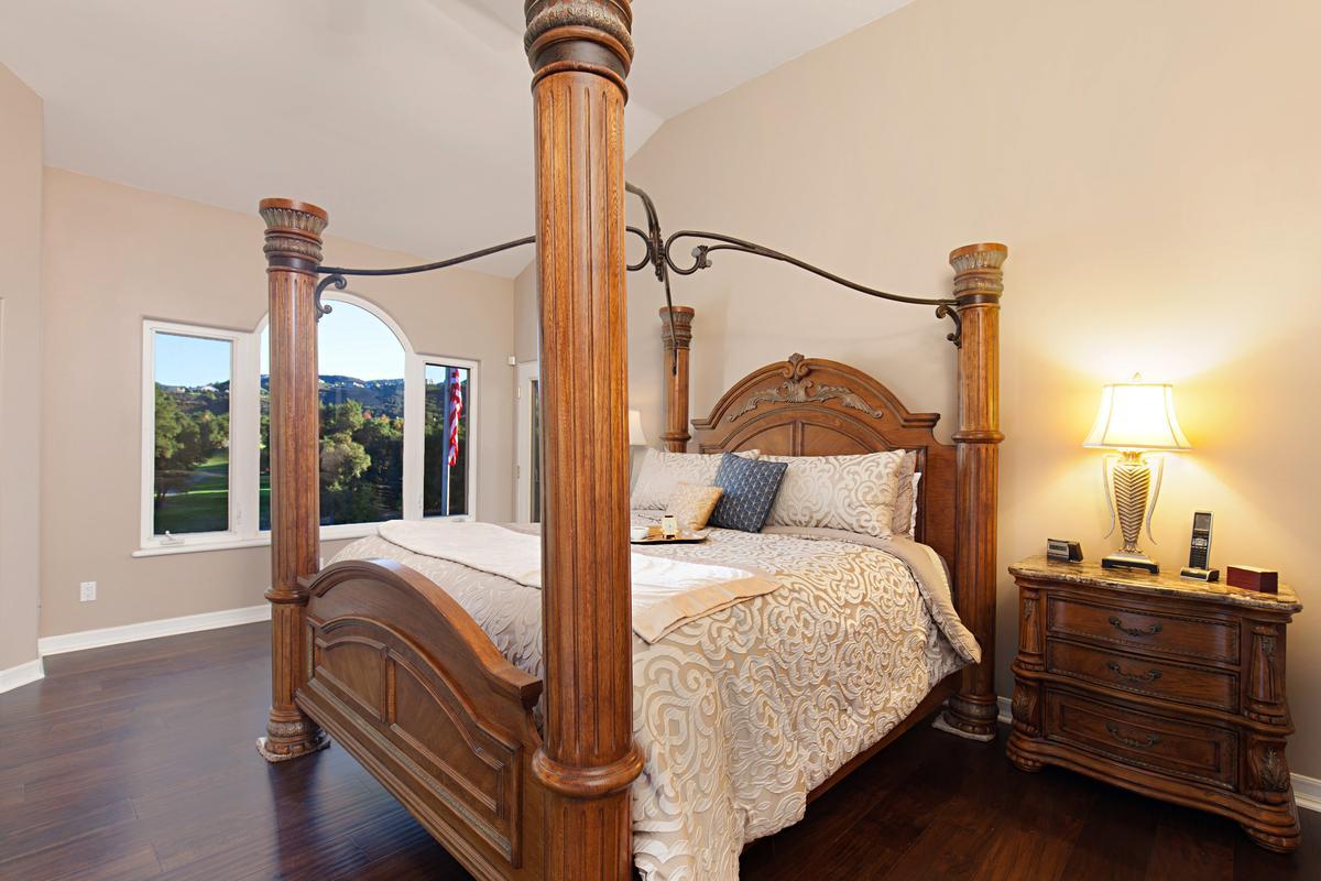 Luxury homes in Bear Creek Drive