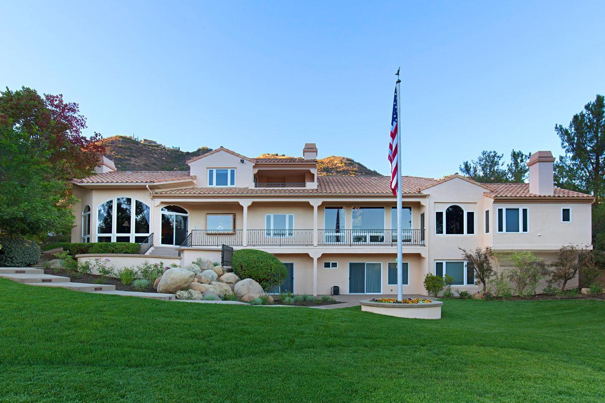 Bear Creek Drive luxury properties