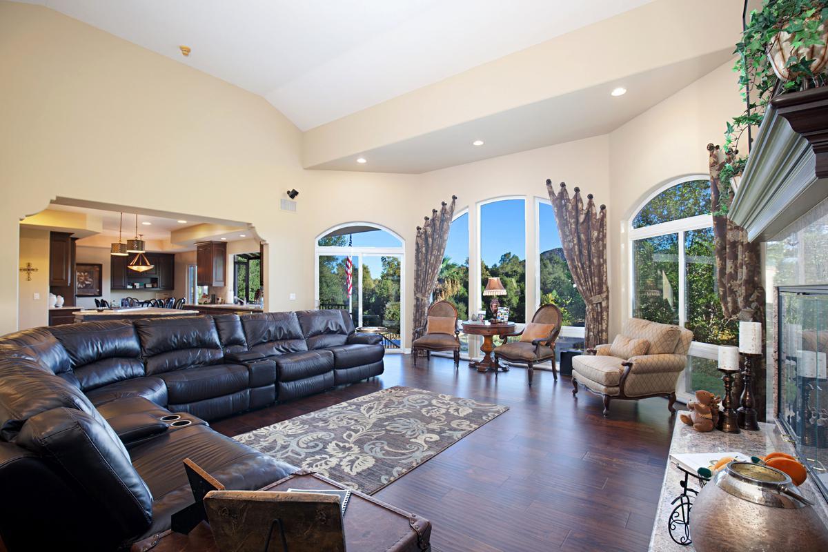 Luxury real estate Bear Creek Drive