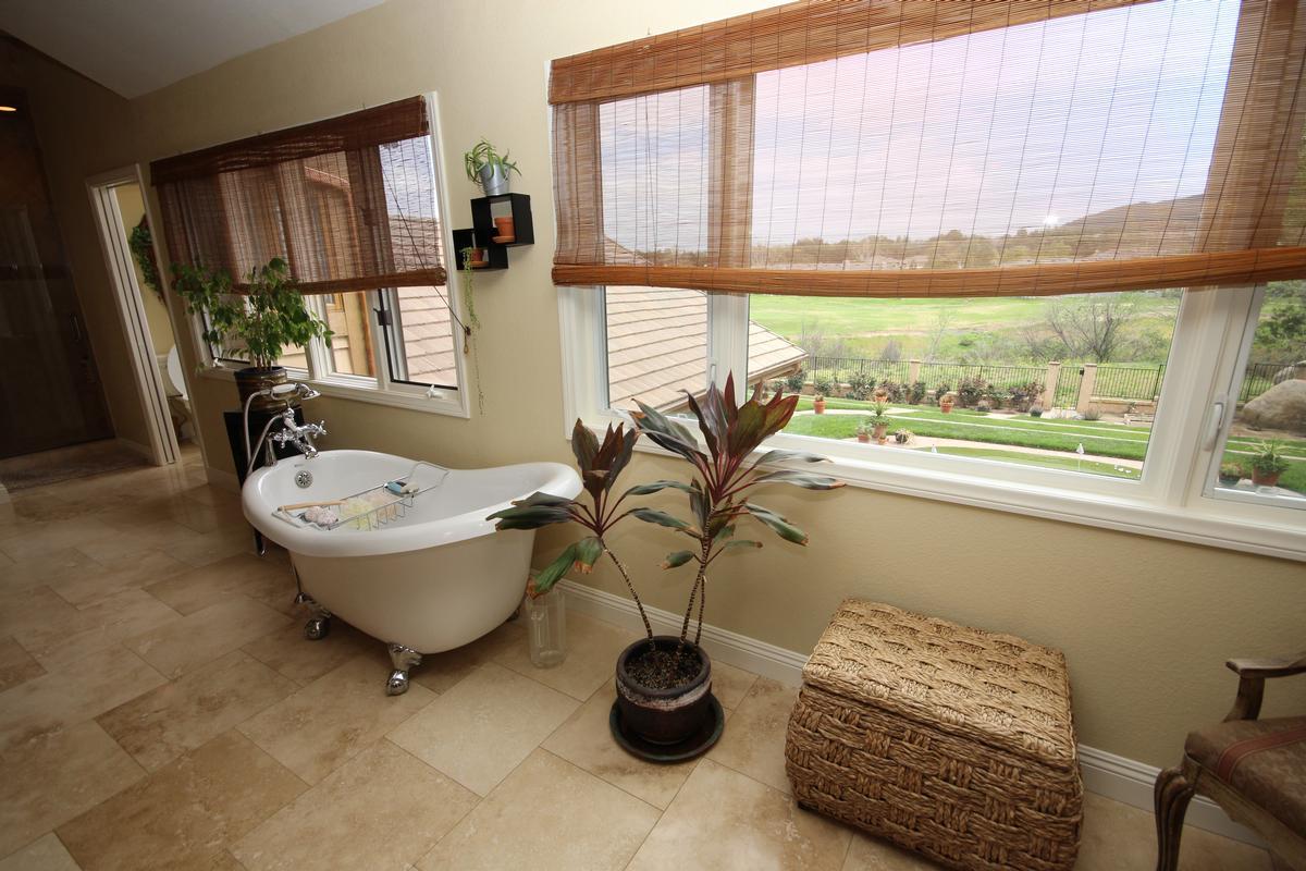 Luxury homes Stunning Bear Creek beauty