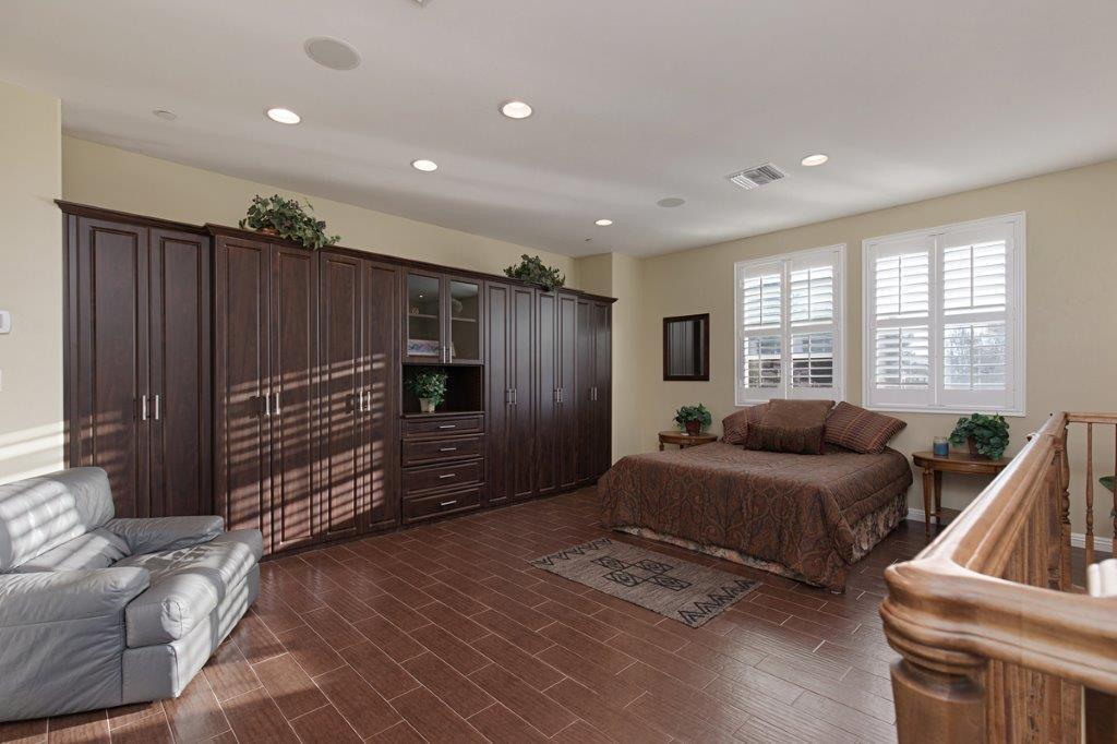 43395 Manzano Dr. luxury real estate