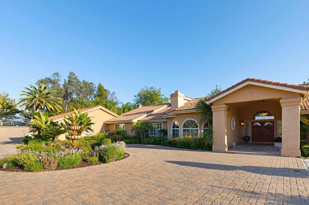 43395 Manzano Dr. luxury homes