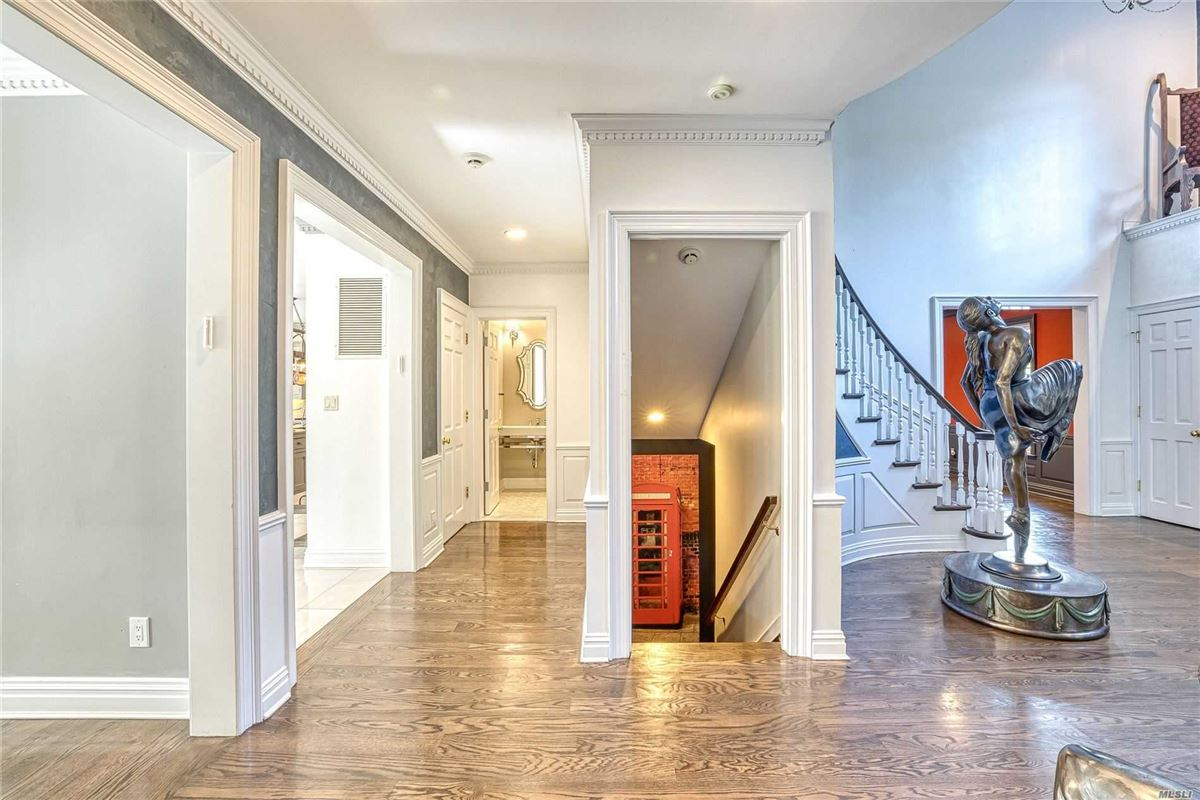 every detail done to perfection luxury real estate