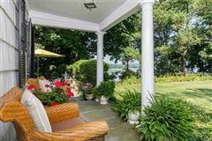 Waterfront Hamptons-style Living in Roslyn Harbor luxury real estate
