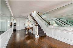 Mansions Waterfront Hamptons-style Living in Roslyn Harbor