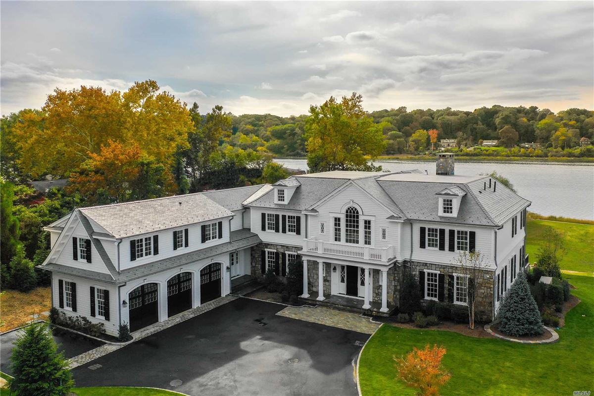 Mansions Newly designed colonial overlooking Manhasset Bay New York